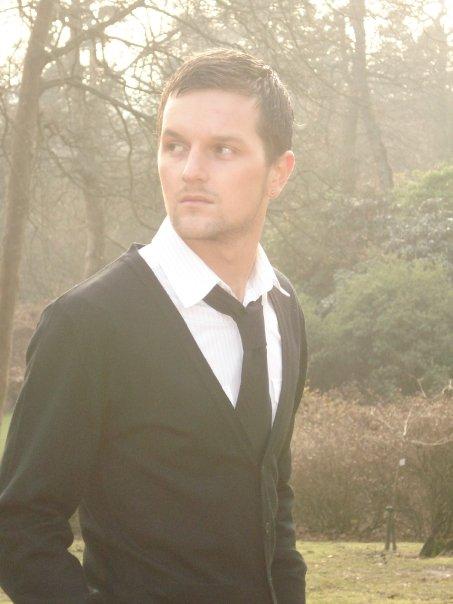 Singer-Songwriter Tyler Earle